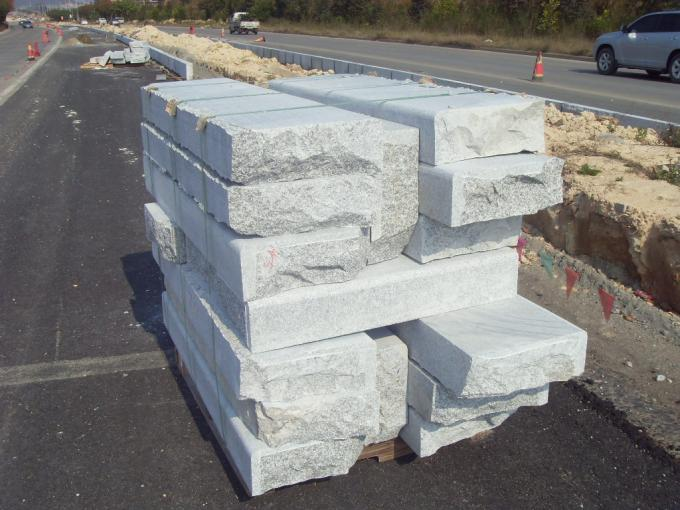Flamed Honed Block Paving Kerbs , Sawn Cut Driveway Paving Slabs High Density