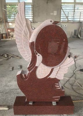 Decorative Carving Red Granite Tombstones , European Style​ Granite Cemetery Monuments