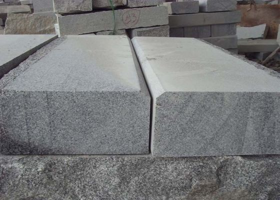 China Granite stone block paving grey kerbs curbstone flamed sawn cut factory